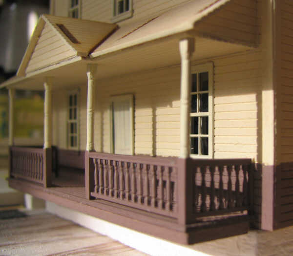 The NP Hotel, Easton, Washington, front porch railings.